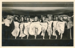 Photo-carte Stalag VIII C Fol's Sag's Travestis Guerre War WW2 Théatre Cabaret - Personnes Anonymes