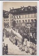 Fribourg, Défilé Des Enfants Belges Internés à La Fête-Dieu 1918. Carte-photo. - FR Fribourg