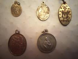 Lot 5 Médailles Religieuses 4 - Religion & Esotérisme