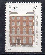 IRLANDE - EIRE - IRELAND - 1985 - BICENTENAIRE DE L'ACADEMIE DES SCIENCES - 200th ANNIVERSARY OF THE SCIENCE ACADEMY - - 1949-... Republic Of Ireland
