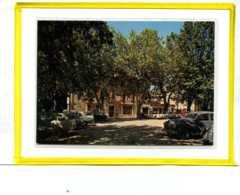 Riez La Romaine.  La Place De La Bascule Et Les Grands Hotels.  Edit Photoguy  Oldtimer Peugeot 203 Citroen. Ecrite 1971 - France