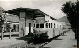 220220 TRANSPORT TRAIN CHEMIN DE FER - PHOTO BREHERET 1954 - 19 BORT LES ORGUES Gare Quai - France