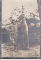 Projectile De 510 Kilo Avec Son Artilleur 6.5*4.5CM Fonds Victor FORBIN 1864-1947 - War, Military