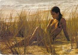 ** Lot 2 Cartes **  NUS Sur La Plage Au Soleil Couchant - CSPM CPM Fantaisie GF Ethnic Nude Topless Women Girl Seins Nus - Fine Nudes (adults < 1960)