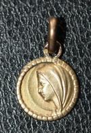 "Pendentif Médaille Religieuse Or 750 ""Sainte Marie"" Gold Religious Medal - Religion & Esotérisme"