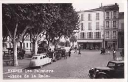 Carte Photo Cpsm / Hyères Les Palmiers (83) Place De La Rade Voitures Traction Citroen, Simca ? Ed EPE - Lieux