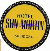 130048 ARGENTINA MENDOZA PUBLICITY HOTEL SAN MARTIN LUGGAGE NO POSTAL POSTCARD - Hotelaufkleber