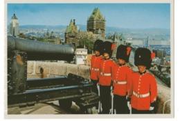 LA CITADELLE ET  GRANDE ALLEE LES CHAMPS ELYSEES DE QUEBEC De Nuit 1976 - Québec - La Citadelle