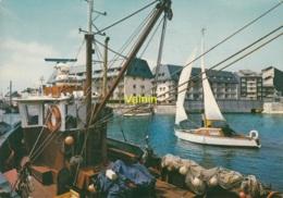 Courseulles Sur Mer   Le Port Et Les Nouvelles Residences - Courseulles-sur-Mer