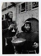 - CPM GUEMENE-SUR-SCORFF (56) - Cavalcade 1984 - Parodie Religieuse - Photo YVON KERVINIO - - Guemene Sur Scorff