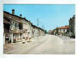 24769  CPM   SOUILLY  : La Voie Sacrée !! La Rue Principale !! Station Essence BP à Gauche !!  ACHAT DIRECT  !!! - Autres Communes