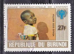 Burundi, 1979 - 27fr Girl With Doll - Nr.559 Usato° - Burundi