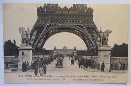 Paris Eifelturm Besucherplattform Warteschlange, Premiere Plate Form 1924(14303) - Non Classés