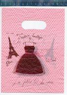 PARIS TOUR EIFFEL FASHION BOUTIQUE LA PETITE ROBE NOIRE (small Plastic Bag - Petit Sac En Plastique) - Publicité