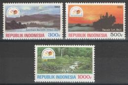 Indonésie - YT 1281-1283 ** MNH - 1992 - Tourisme - Indonésie