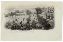 CPA 29 - CONCARNEAU (Finistère) - La Place D'Armes Et Le Port - Dos Simple - Concarneau