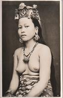 KAYAN GIRL Femme Seins Nus - Malaysia