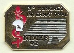 @@ Médical Sapeurs Pompiers & Caducee Service De Santé Infirmiers 3e Congrés International NIMES 92 @@pom77b - Brandweerman