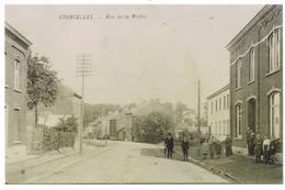 Courcelles : Rue De La Motte ( = Réproduction (photo) D'une Anciennne Carte Postale) - Courcelles