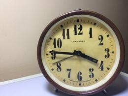 REVEIL CHAMBORD FABRIQUE EN TCHECOSLOVAQUIE - Alarm Clocks