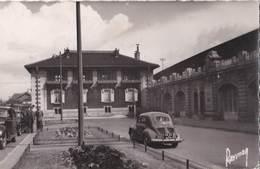 CPSM : Le Raincy (93) Renault 4 Cv Devant La Gare    Immatriculation    Ed  Raymon - Voitures De Tourisme