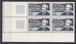 N° 1026 Cinquantenaire De La Mort De Jules Vernes: Beau Bloc De 4  Timbres Neuf Impeccable - Nuovi