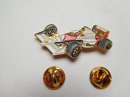 Superbe Pin's , Auto McLaren Honda , F1 , Formule 1 , Carburant SHELL , Tabac Marlboro , Ayrton Senna - F1