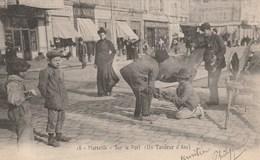 CPA - RARE- Le Tondeur D'Ane - Sur Le Vieux Port à Marseille - Autres