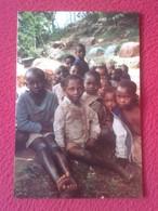 TARJETA TIPO POSTAL NIÑOS NEGROS NEGRITOS ÁFRICA ? FISC FUNDACIÓN INTERNACIONAL DE SOLIDARIDAD COMPAÑÍA MARÍA Y ESCRITO - Religión & Esoterismo