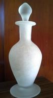 Vase Type Amphore De L'ancienne Verrerie D'art D'Avallon Michel Desarce - Verre & Cristal