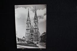JA 9 - Europe - Croatie - Zagreb - Katedrala - Pas Circulé - Croatie