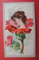 Chromo Photo. Brands Of Cigarettes. Tabac. Tobacco.  Jolie Dame.  Dans Une Fleur. - Cigarettes