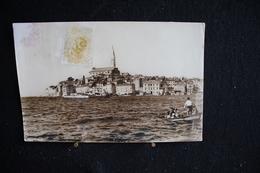 JA 11 - Europe - Croatie - Rovinj - Carte Très Abîmée - Circulé 1968 - Croatie