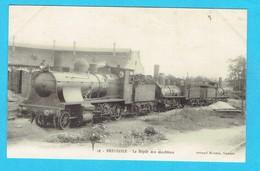 CPA  BRESSUIRE Le Dépôts Des Machines , Locomotive, Train Chemin De Fer,  Voir Cachet Verso : Enregistrement Tours 1915 - Bressuire