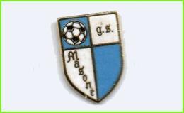 G.S. Masone Calcio Distintivi FootBall Soccer Pin Spilla Pin's Italy Liguria Genova - Calcio