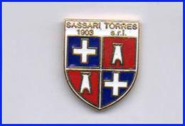 Sassari Torres Calcio Pins Sport Footboll Distintivi Sardegna - Calcio