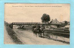 CREVECOEUR - Rue Des Vignes - Pont Du Canal De St-Quentin (Sortie De L'Ecluse- Chevaux Tirant Une Péniche) - 1932 - - Autres Communes