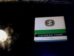 Anciennes Boite En Carton De Cigarette Vide LAURENS VERT Filtre Monopole Suédois Fournisseur Régie Italienne & Française - Cigarettes - Accessoires