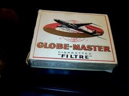 """Publicité Anciennes Boite En Carton De Cigarette Vide D'Algérie (française) Marque """"globe Master"""" Fabrication à Alger - Cigarettes - Accessoires"""