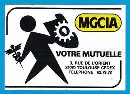 AUTOCOLLANT MGCIA VOTRE MUTUELLE 3 RUE DE L'ORIENT 31070 TOULOUSE CEDEX - Aufkleber