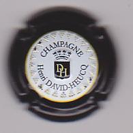 Capsule Champagne DAVID-HEUCQ Henri ( 95e ; Estampée Relief Contour Noir ) {S09-20} - Champagne