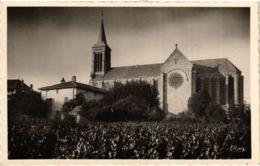 CPA La Chapelle De Guinchay, L'Eglise FRANCE (955125) - France