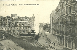 64  BIARRITZ - MODERNE - AVENUE DE LA REINE VICTORIA (ref 8645) - Biarritz