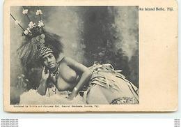 FIDJI - An Island Belle - Femme Seins Nus - Fiji