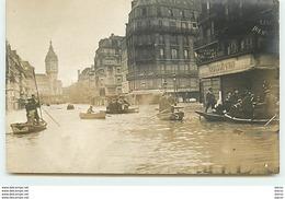 PARIS - Inondations -  Hommes Dans Des Barques - Quartier De La Gare De Lyon - Inondations De 1910