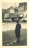 PARIS - Place Blanche , Cabaret Du Moulin Rouge, Photo En 1950, Format 13,5cm X8,5cm. - Arrondissement: 18