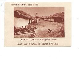 Chromo AOF Côte D'Ivoire Village De BACAN TB 75 X 50 Mm Pub: Chocolat Cémoi Au Dos Colonies Françaises - Chocolat