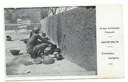 "AFRIQUE - BURKINA FASSO - HAUTE VOLTA - OUAGADOUGOU - ""Cuisinière Indigène"" - CPA - Burkina Faso"