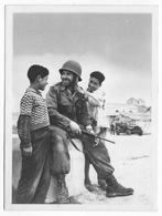GUERRE D'ALGERIE - CARTE ILLUSTREE Ed. BACONNIER - PROPAGANDE FRANCAISE - LES ENFANTS MUSULMANS REPRENNENT CONFIANCE - Guerra De Argelia