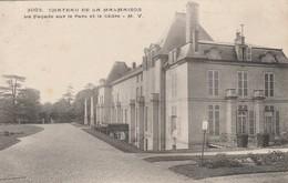 CHATEAU DE MALMAISON LA FACADE SUR LE PARC ET LE CEDRE - Francia